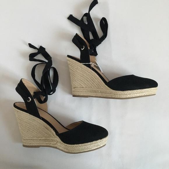 05930baca09 NEW BRASH Black Wedge Sandals, Size 9 NWT